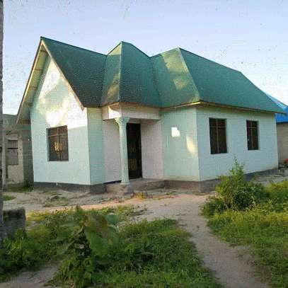 3 bdrms House going cheap at MBAGALA-CHAMAZI image 1