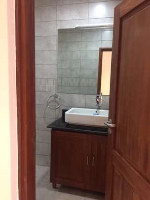 2 Bedrooms Modern & Fully Furnished Apartments in Masaki image 7