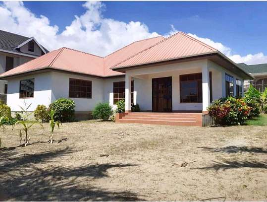 3 Bedrooms House in Mbweni Jkt