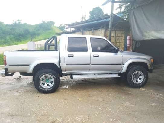 1998 Toyota Hilux Double Cabin 2.8 image 7