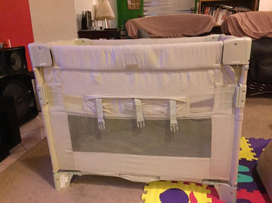 Arms Reach Baby Crib/ Bassinet from USA