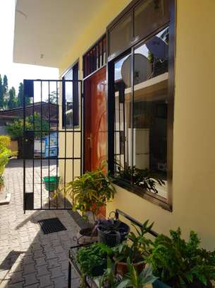 1 Bedroom apartment at Mikocheni Fully furnished image 4