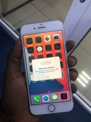 iPhone 7 32GB Rosegold for sale image 1