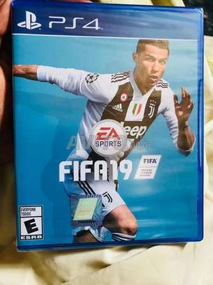 FIFA 19 - PS4 Game Disc