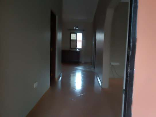 3BEDROOM HOUSE FOR RENT AT NJIRO- ARUSHA image 3