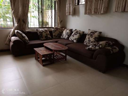 2 bed apartment at american embassy $700pm image 8