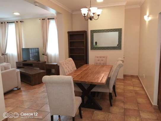 4 Bdrm Town House at Oysterbay image 12