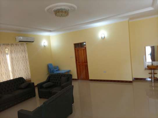 Stand alone 3 bdrm for rent at MASAKI image 2