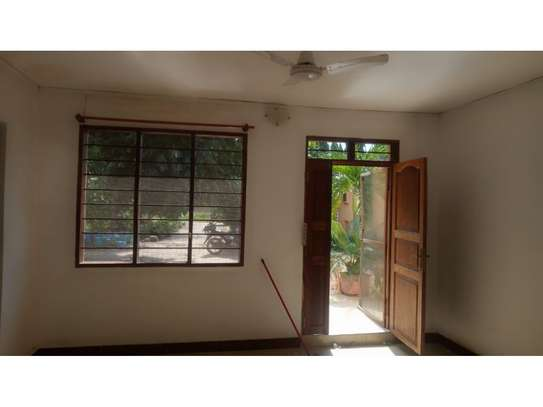 2 bed room all ensuet for rent at masaki image 10
