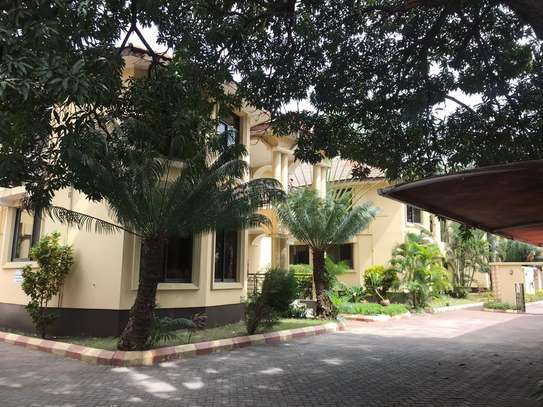 3 BED ROOM HOUSE FOR RENT AT MSASANI image 6