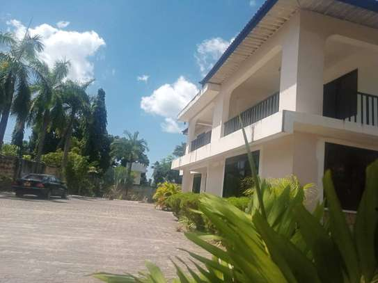 4bed house for sale at mikocheni a 2000sqm image 1