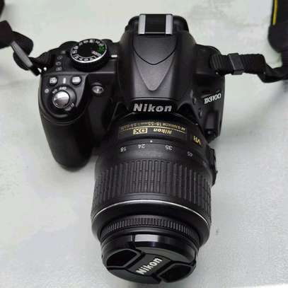 Nikon D3100 DSLR Camera with 18-55mm f/3.5-5.6 image 5