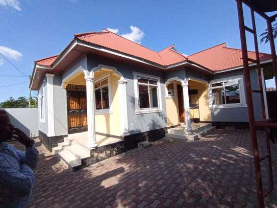 HOUSE for sale at MBAGALA SAKU image 2