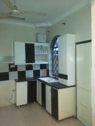 4 bed room house for rent at morroco near best bite image 1
