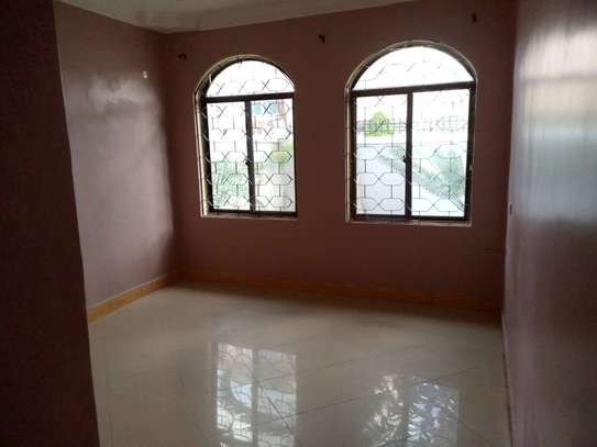 4 bed room , 3 all ensuite for rent at moroko image 3