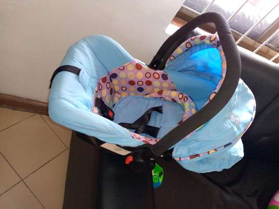 USED BABY SEAT AND CARRY FOR 30,000 image 1