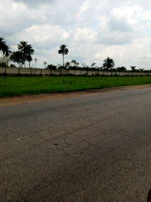 1 Acre (4050Sqm) for sale at a potential area image 1