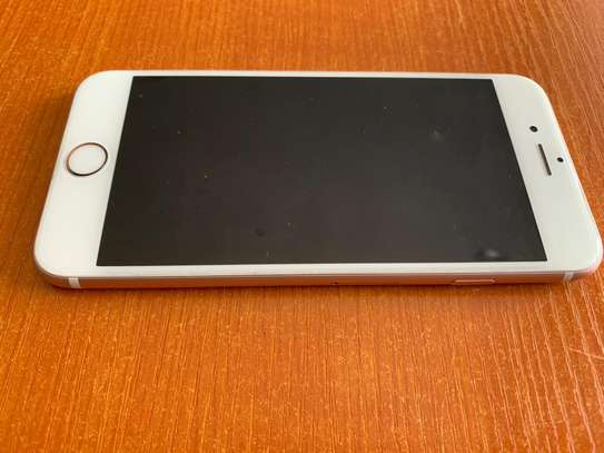 USED Iphone 6S+ for sale image 2