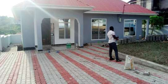 4 bed room house for sale at toangoma kigamboni image 1