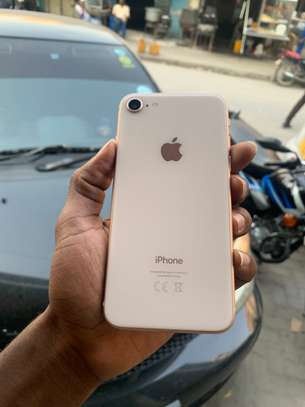 iPhone 8 64GB Gold for sale