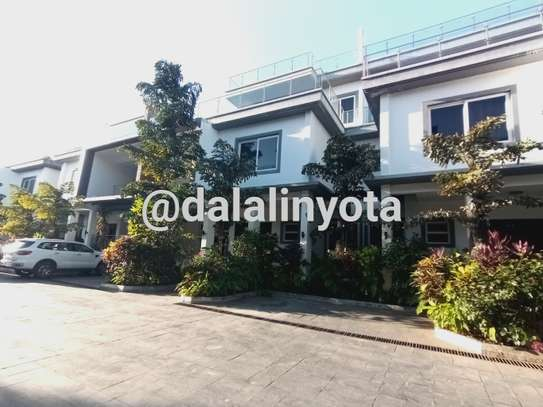 NICE HOUSE FOR RENT DUPLEX VILLA
