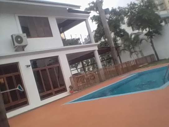 4/5Bdrms newly swimming pool house at dodoma image 1