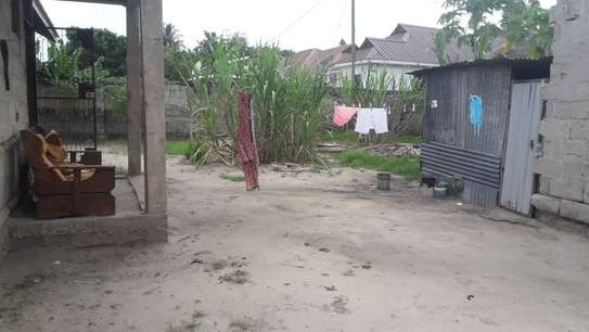 3 bed room house for sale self container at ununio image 2