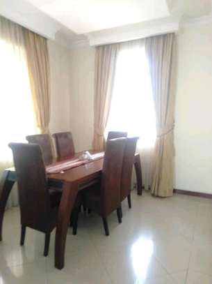 3 Bdrm House for rent Full Furnished. image 6