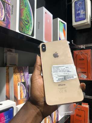 iPhone XS Max 64GB GOLD for sale image 2