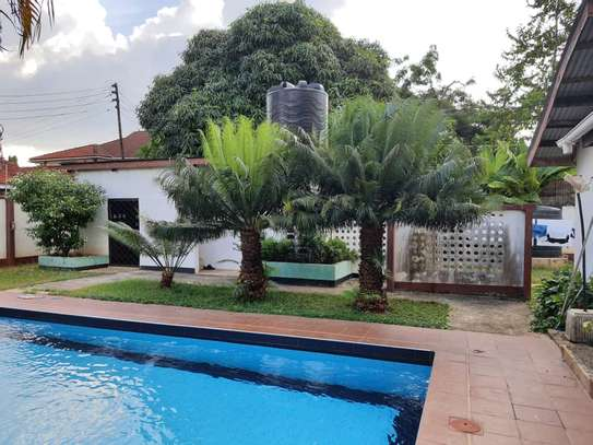 4 bed room house on tarmac for rent at masaki image 2