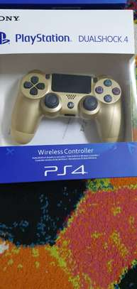 Playstation 4 controllers image 1