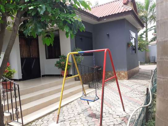4 bed room house for sale at kigamboni toangoma image 1