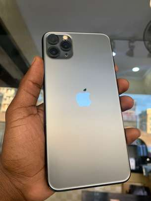 iPhone 11 Pro Max 256GB Spacegray for sale image 2