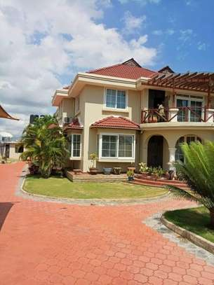 6bed house for sale at bunju beach  area 1860 sqm image 9