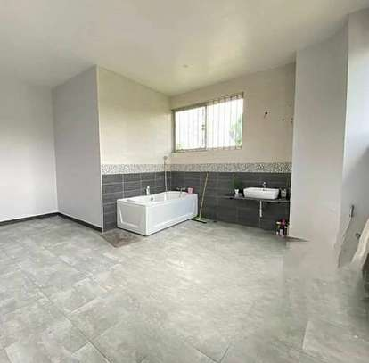 4 bed room  big house for rent at goba image 4