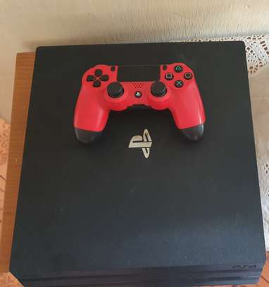 PS4 PRO FOR SALE image 1