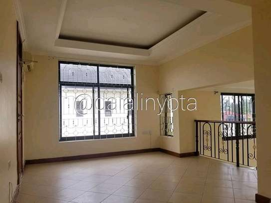NICE HOUSE FOR RENT STAND ALONE image 4