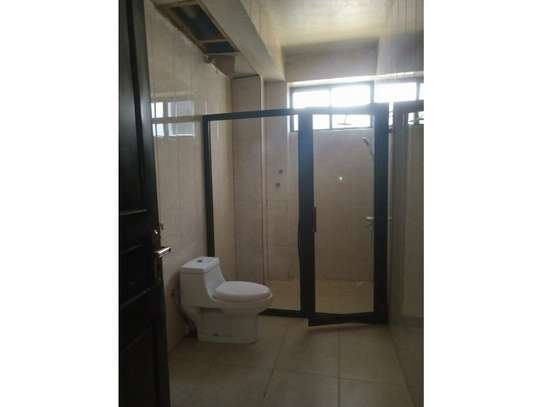 3bed apartment at oyster bay $800pm image 5