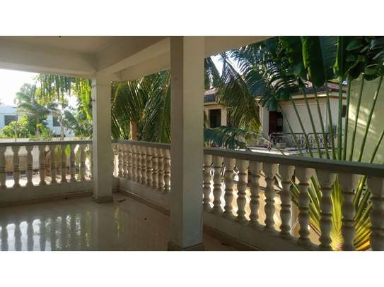 6bed house at mikocheni avacado $2000pm image 12