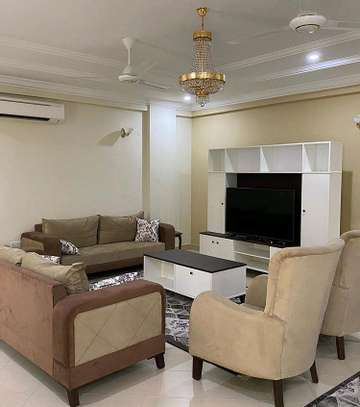 3 BEDROOM APARTMENT AT OYSTERBAY image 2