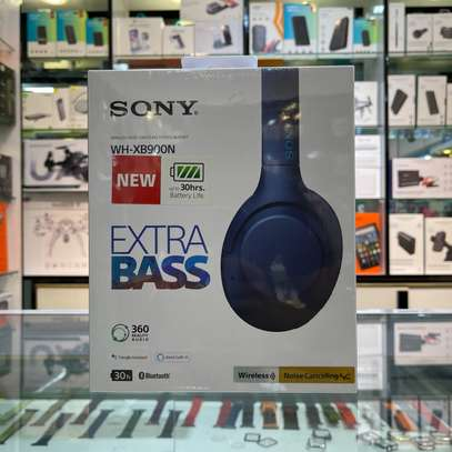 Sony WH-XB900 Wireless Noise Cancelling Over-Ear Headphones With EXTRA BASS image 1