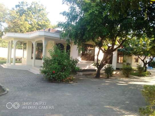 4 bedroom house at mbezi beach