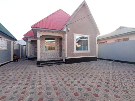 Three  bedrooms stand alone for sale image 3