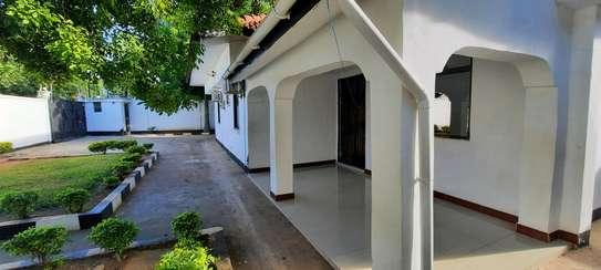 a 4bedrooms UNFURNISHED standalone in MASAKI  is now available for RENT image 1