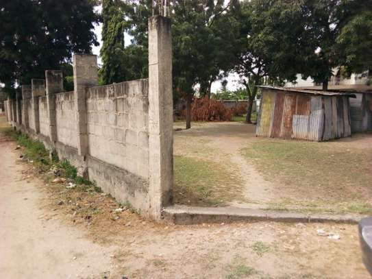 plot 2000sqm at mbezi beach tsh 200milion