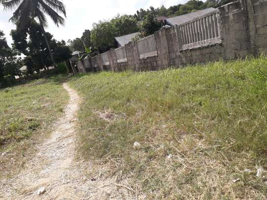 property for sale located mbezi in kwa yusuphu near by new mbezi luis bus stand image 2