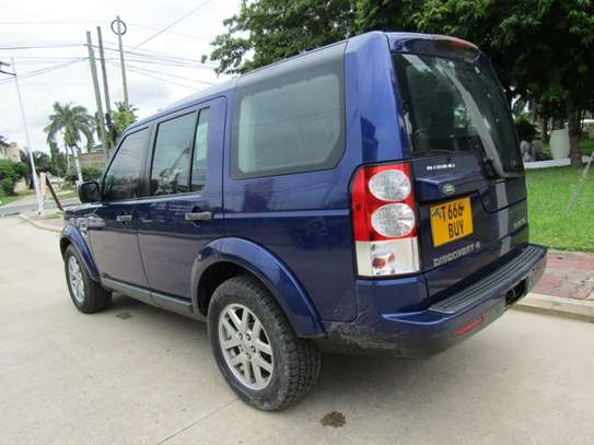 2010 Land Rover Discovery image 6
