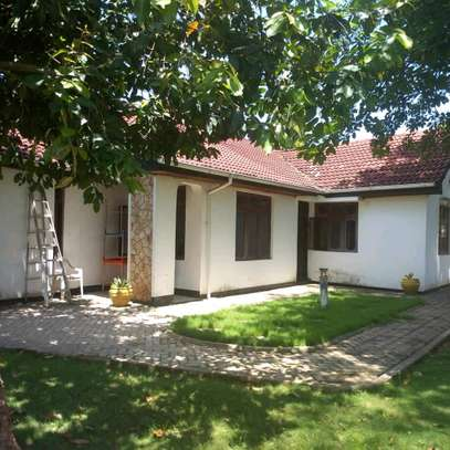 THREE BEDROOMS STAND ALONE HOUSE FOR RENT AT MBEZI BEACH SHOPPERS DSM