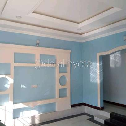 BEAUTY HOUSE FOR RENT STAND ALONE image 4