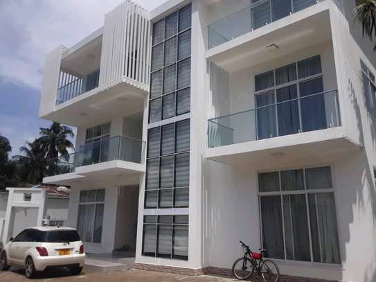 Executive  House for Rent Full furnished in masaki. image 2